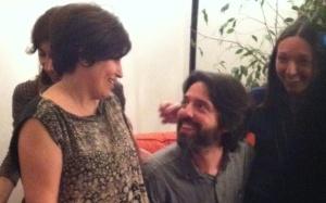 Alessandra e Andres si vedono bene. Gabriella è quella nascosta e Annarita sorride.