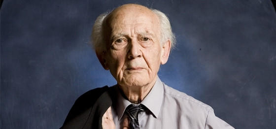 Guardate che meravigliosa espressione ha Zygmunt Bauman